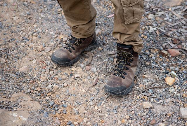 paire de chaussures de sécurité, terrain sec